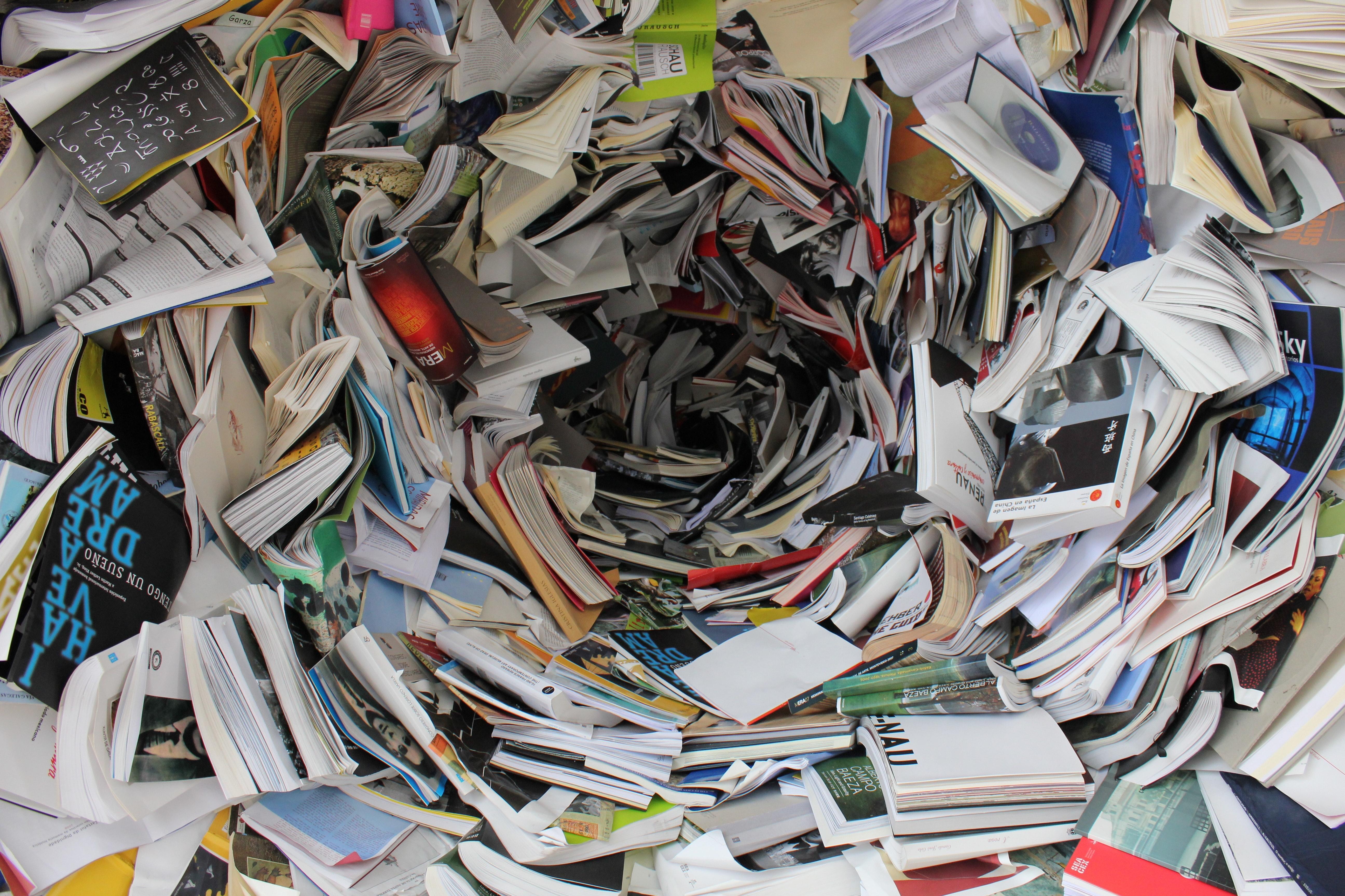 Muchas revistas desordenadas